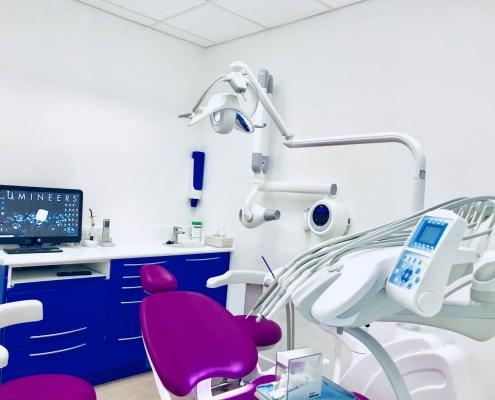 Box 2 Dentista Italiano Barcellona Spagna Dott. Reato