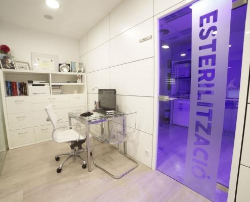 Officio Clinica Odontoiatrica Dott. Reato Dentista Barcellona Spagna