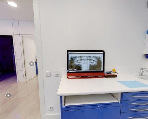 Box 3 Clinica Odontoiatrica Dott. Reato Dentista Barcellona Spagna